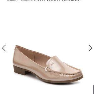 NIB Anne Klein Vama loafers